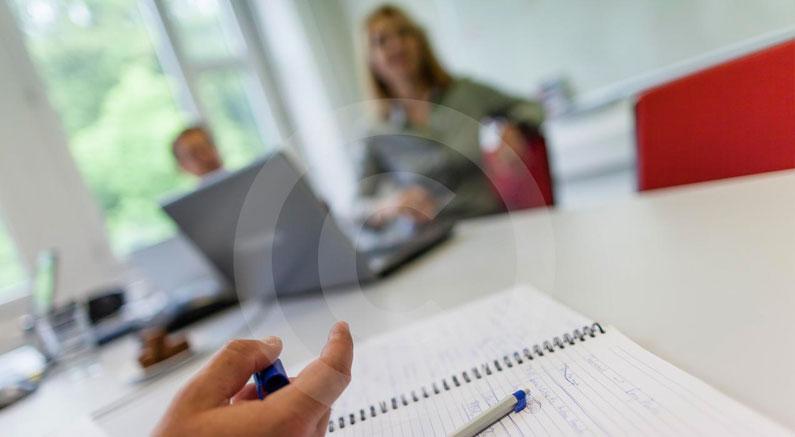 Gutachten und Vorbereitungsstudien